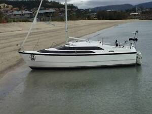 MacGregor Trailer Sailor - Located in Airlie Beach Airlie Beach Whitsundays Area Preview