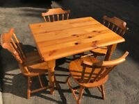 CAN DELIVER - Pine Farmhouse Table and Chairs. Lovely Condition