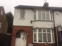 3 Bedroom Semi-Detached House on Dunstable Road