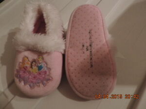 Disney Princess Slippers Size (S) 5/6