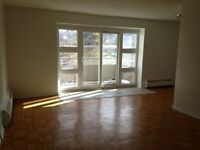 ST. CATHARINES QUIET 1BEDROOM, FROM $895.00, CLOSE TO BROCK& PEN