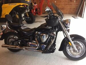 Reduced agin for quick sale!!!!!!!!  2004 Yamaha Roadstar