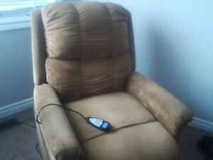 Rocker recliner - Chair Assit Lift - heat vibrate