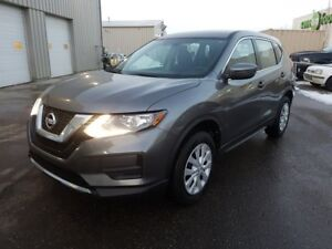 2017 Nissan Rogue AWD S Back-up Cam,  Bluetooth,  A/C,
