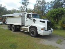 VOLVO tipper Nabiac Great Lakes Area Preview