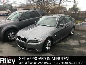 2011 BMW 3 Series 323i HEATED LEATHER SEATS