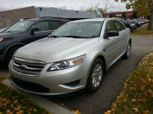 2010 Ford Taurus SE Sedan, low km