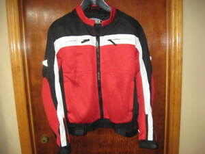 GMAX deluxe motorcycle riding jacket with armour- new Large!