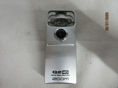Zoom Handy Video Recorder Q2HD Camera