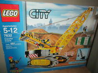 ***LEGO CITY #7632 CRAWLER CRANE 100% COMPLETE SEALED BAGS!!!***