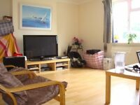 NEWLY DECORATED 2 BEDROOM FLAT FOR RENT IN OSTERLEY