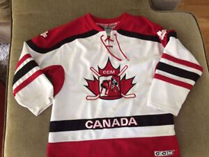 Team Canada Size 6 Jersey