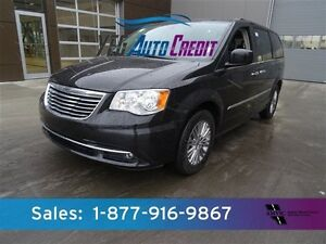 2016 Chrysler Town & Country DVD LEATHER $175b/w