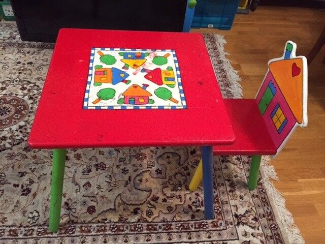 Gorgeous Table with four chairs for fun, creative, educational activities and play