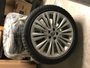 Set of 4 Winter Tires and Rims for Jaguar