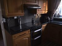 solid oak Howdens kitchen wall/floor units including belling double oven worktops, sink and taps