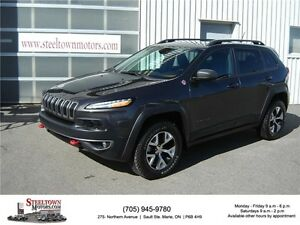2015 Jeep Cherokee Trailhawk|4x4|Nav/Heated Leather|Pano Roof