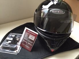 Viper helmet with bluetooth medium size as good as new