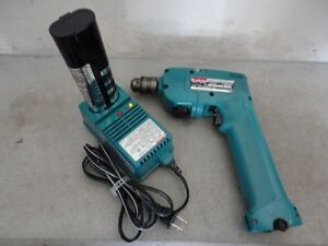 Makita drill driver with battery pack and charger