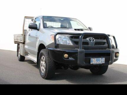 2008 Toyota Hilux 4X4 SR 3.0L T DIESEL MANUAL EXTRA CAB C/C Silver Manual Devonport Devonport Area Preview