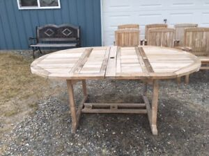 Teak Outdoor Dining Set - Table with 6 chairs
