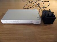 3Com OfficeConnect (3C16794) 8-Port 100Mbits Ethernet Switch