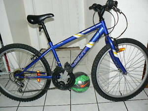 Excellent Medium Mountain Bike - Upto 5 Feet 5 Inch