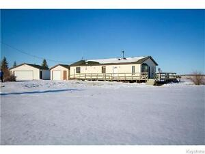 *65009 Willowdale Road: 2 Acres close to Oakbank $284,900!*