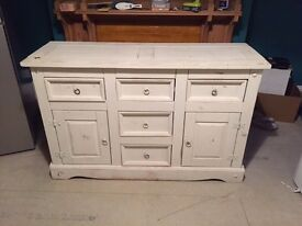 White Shabby Chic Sideboard