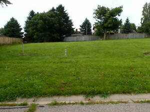 Building Lot for Sale - 3 Bobolink Dr. FULLY SERVICED