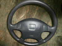 honda strerring wheel with air bag asking$75  450-628-4656> 514-