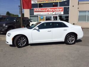 2017 Chrysler 300 LIMITED AWD|LEATHER|NAVIGATION|SUNROOF