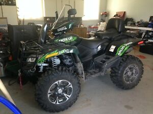 Mudpro 1000 with two up seat Mint Condition