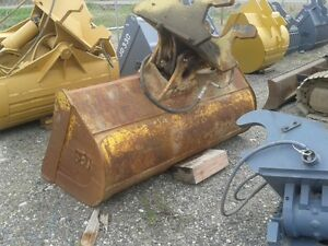CAT 325 WRIST-O-TWIST BUCKET,  USED CONDITION