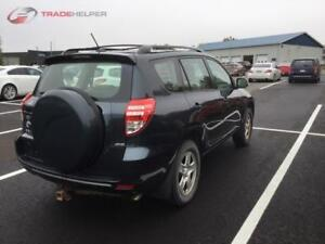 2011 TOYOTA RAV4 AUTOMATIQUE CLIMATISEE 4 CYLINDRES PROPRE