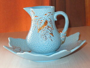 Vintage Turquoise Strawberry Leaf Bramble Cream Pitcher and Dish