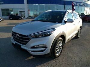 2016 Hyundai Tucson AWD 2.0L Premium Heated Seats Bluw Tooth