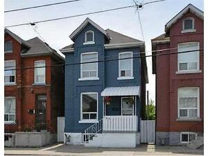 Great House in Central Hamilton - Available July 1st