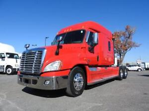 FREIGHTLINER CASCADIA 2014 MIDROOF