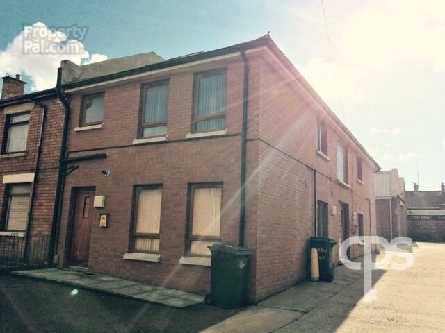 172B Tates Avenue. 1 Bedroom Apartment available 4/1/17 £475 PCM