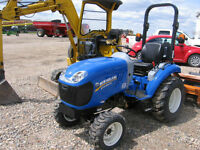 2015 NEW HOLLAND BOOMER 24 SUB-COMPACT TRACTOR
