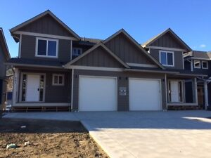 BRAND NEW 4 bedroom 2.5 bathroom duplex available Now