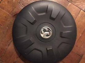 Vauxhall Vivaro genuine wheel trim/Hub Cap