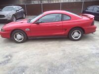 Ford mustang 1994 automatique 1699$