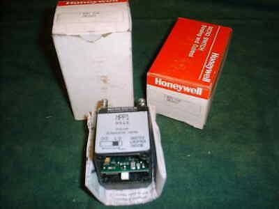 2 Honeywell Micro Switch Photo Eye Heads - Part Mpp1 9545 20809-d5