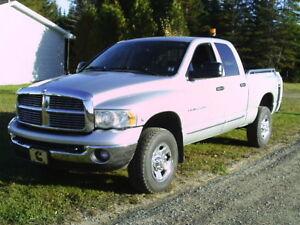 2005 Dodge Power Ram 2500 Laramie Pickup Truck