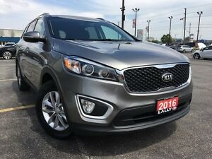 2016 Kia Sorento 2.0L LX+ Turbo, Push Start, Heated Seats, Bluet