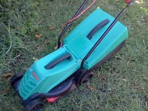 Bosch Rotak 32 Electric Lawn mower Inglewood Stirling Area Preview