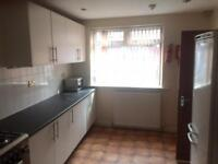 5 bedrooms in Barrfield Road, Salford, M6