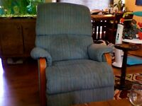 2 Re-furbished Lazyboy Recliners